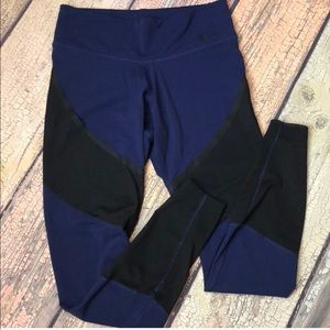 NIKE Navy And black mesh dry fit leggings size M